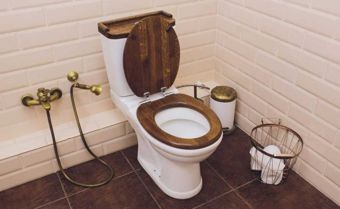 Are Wooden Toilet Seats Sanitary